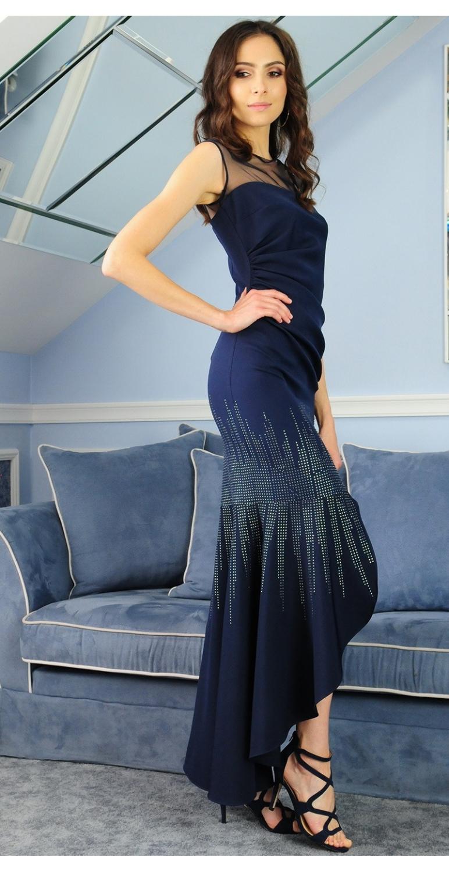 Suknia model 381