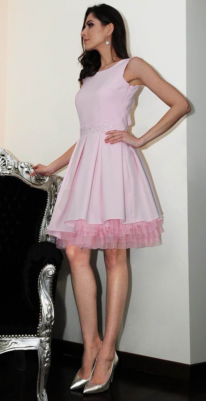 Sukienka krótka z falbanami...
